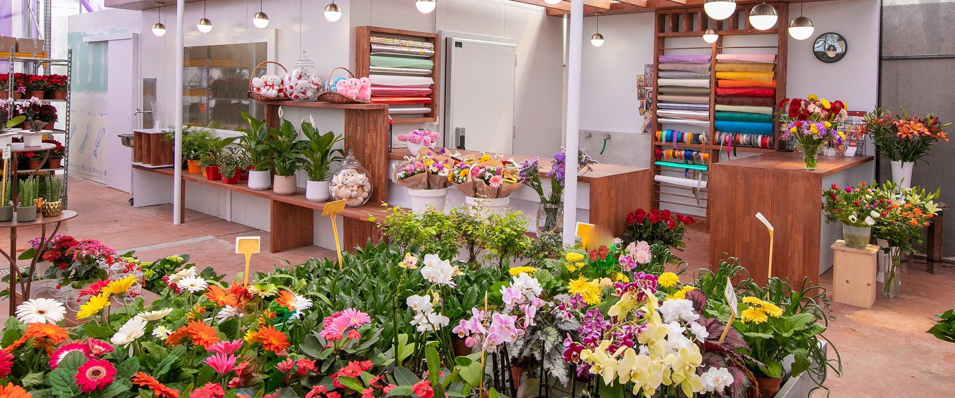 gardening gifts garden center Crete
